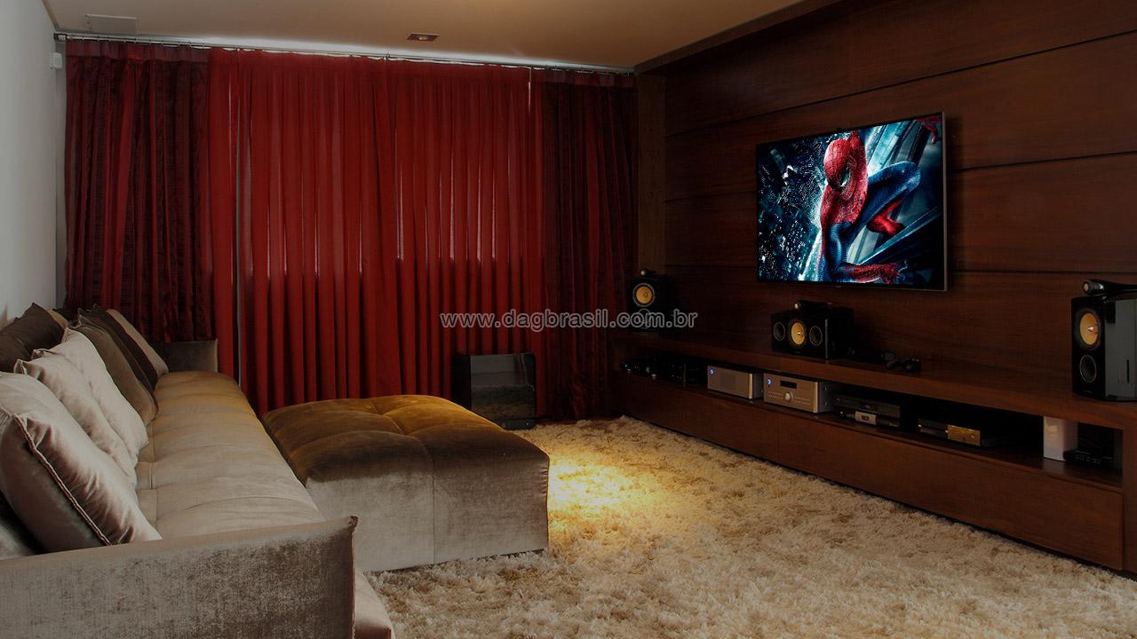 Projeto de sala de home theater com caixas B&W 805 Diamond em mansão no Campo Belo | Dag Brasil